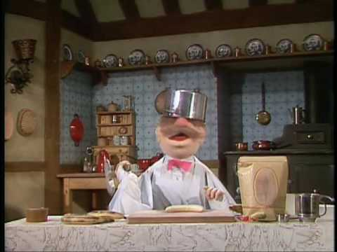 The Muppet Show: The Swedish Chef - Banana Split