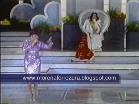 """Alcione canta """"Tá que tá"""" - 1985"""