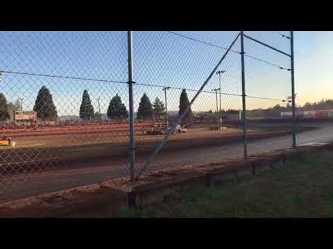 Sunset speedway pure stocks Heat race July 28, 2018