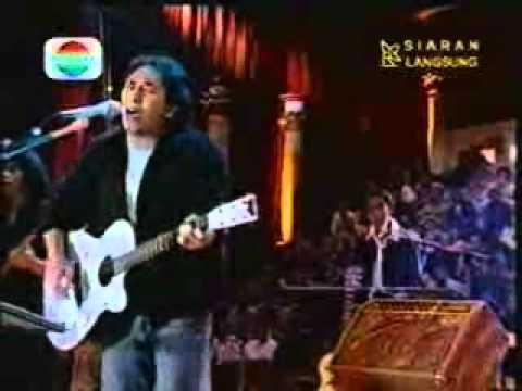 Iwan Fals - Oemar Bakri (HQ)
