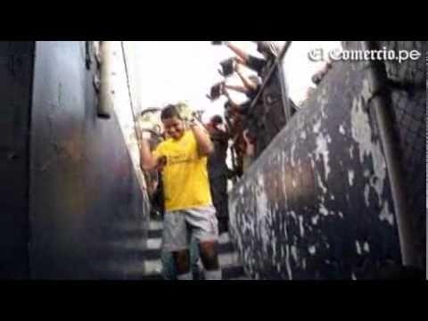 Penal atajado por Raul Fernandez (UNIVERSITARIO DE DEPORTES) (Clasico 16/04/2011)