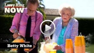 Betty White On Longtime Crush | Larry King Now | Ora TV