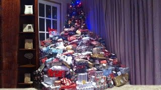 Mom Defends Buying 300 Gifts: Who Doesn't Want To See Their Kids Smile?