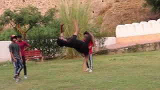 FLIPS IN PARK - Amazing Stunts by flyingmeenaboi 🔥🔥   Best Indian Parkour 2020