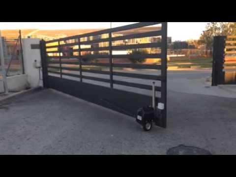 Automatizaci n puerta batiente industrial realizada por - Automatizacion de puertas ...