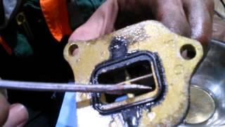 Чистка лепесткового клапана скутера Honda