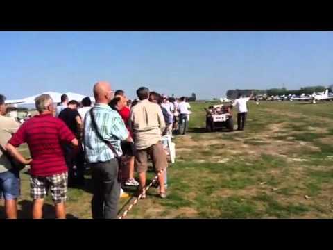 Fantastico volo acrobatico Campo volo a Rovigo