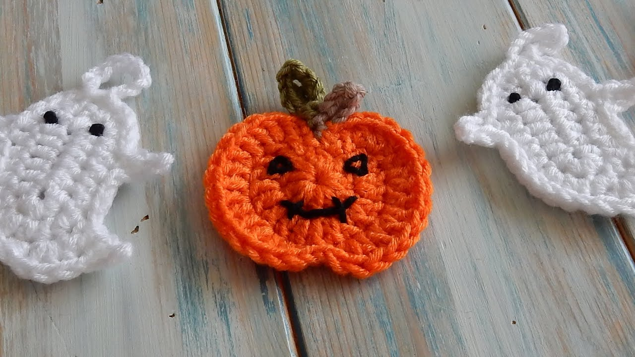 How to Crochet a Pumpkin for Bunting - YouTube