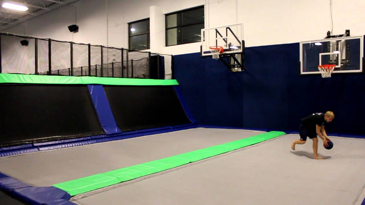 more basketball action at epic air trampoline park in. Black Bedroom Furniture Sets. Home Design Ideas