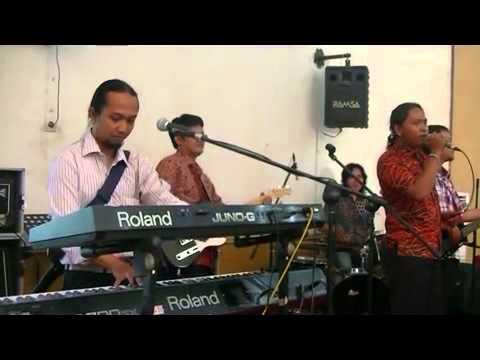 BPLUS : KERIPIK  TEMPE ( KOES PLUS ) : BPLUS feat ANTO PACHE  at PUSDIKKES JAKARTA
