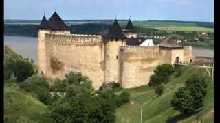 видео Замки, дворцы и крепости Черновицкой области