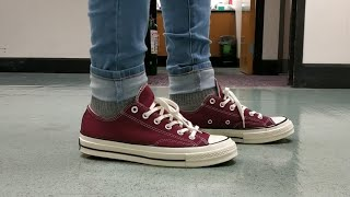 Converse Chuck 70's Maroon on feet