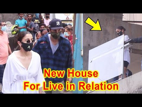 Alia Bhatt and Ranbir Kapoor Buying New House For Live in Relationship in Bandra