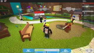 MOM SCOLDS (strongly) to my friend on ROBLOX!