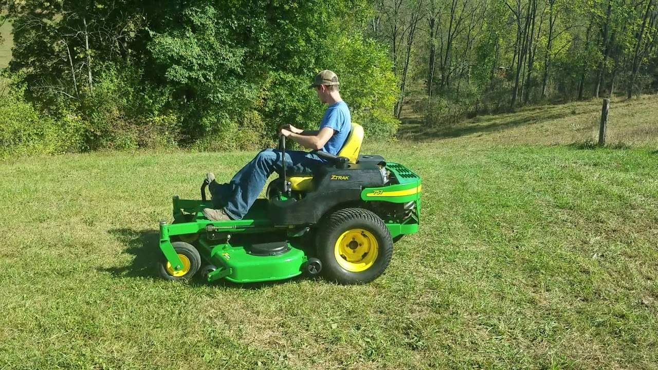 2003 John Deere 757 Z Trak Commercial Zero Turn Mowing