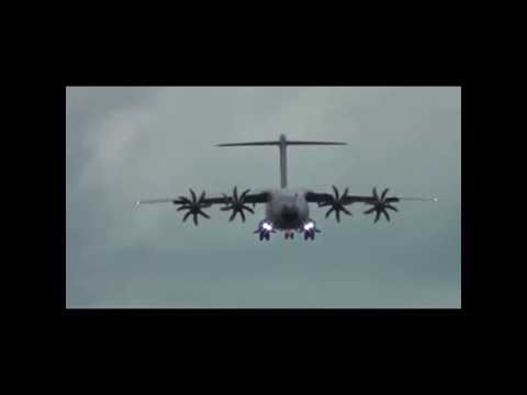 Amazing Short Landing Capability of Airbus A400M Atlas