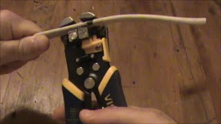 Irwin 2078300 8-Inch Self-Adjusting Wire Stripper Review