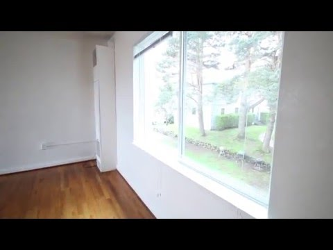 2 Bedroom at Macleay Gardens Apartments Portland Oregon