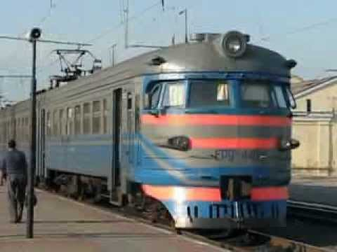 Прибытие электропоезда Граково-Купянск-Южный