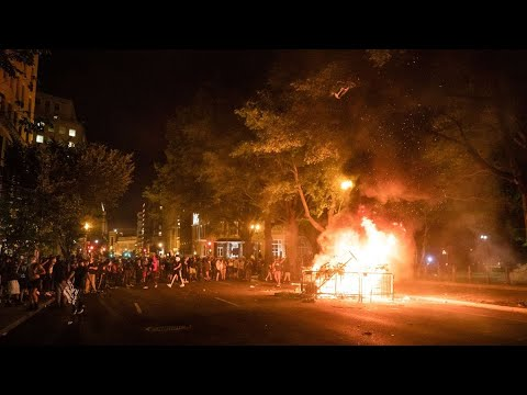 riots-break-out-near-white-house,-monuments-vandalized
