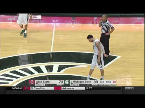 Michigan State Seniors Kiss the Floor