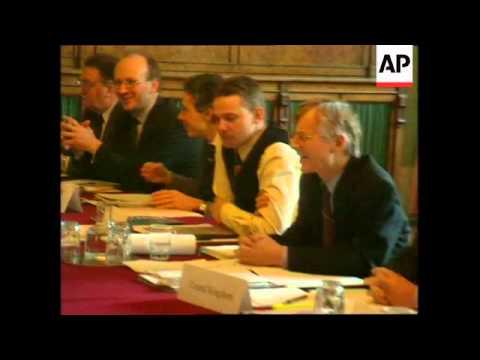 UK: LONDON: 6 NATION CONTRACT GROUP KOSOVO MEETING (2)