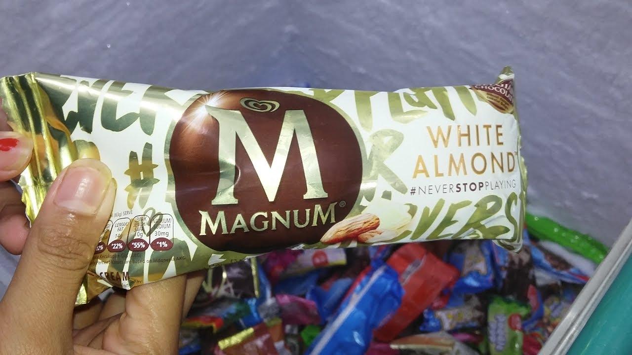 Nyobain Es Krim Magnum White Almond Youtube