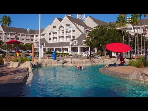 [4K} Disney's Yacht Club Resort | Disney Deluxe Resort Hotels