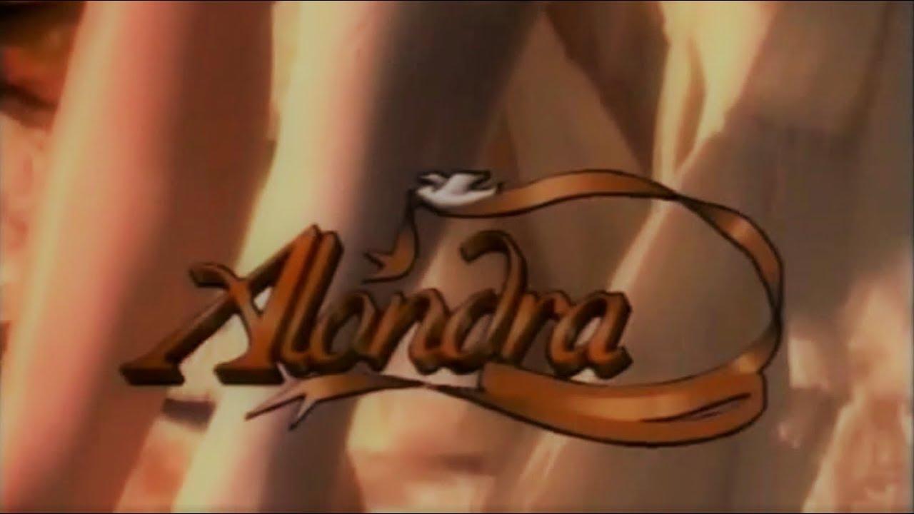 100 Photos of Alondra 1995