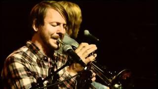 Friska Viljor - Useless (Live at Nyhetsmorgon 2011)