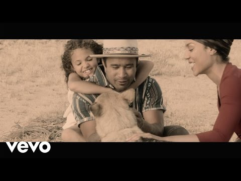 Nahko and Medicine for the People - Tus Pies (Your Feet)
