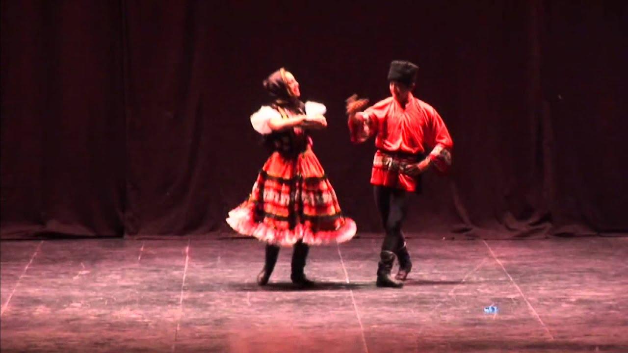 Maestro Fernando Urbina (Ballet folclórico)