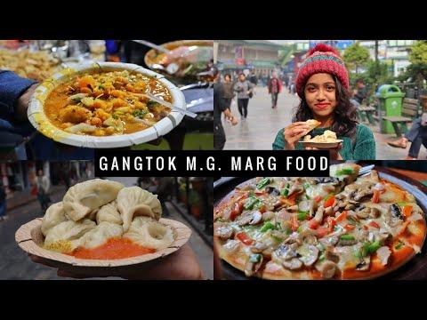 Gangtok Food Vlog | M G Marg Shopping | Sikkim Vlogs Ep 4 | Anagha Mirgal