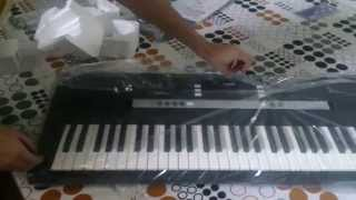 Yamaha PSR-E243 Keyboard Unboxing