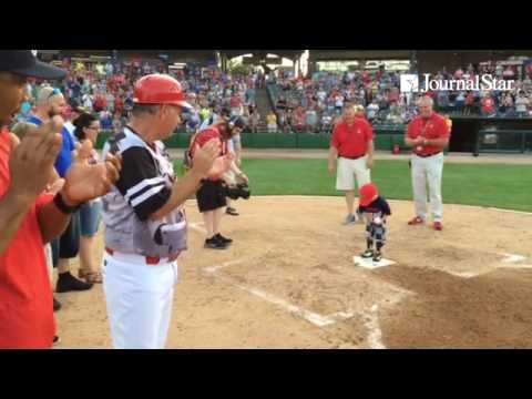 VIDEO: Anthony Durham, 4, runs bases during Chiefs-Kernels game in Dozer 6-11-16. He has rare diseas