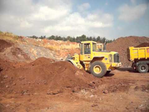 מפוארת עמיאש עבודות עפר ופיתוח - YouTube VZ-99
