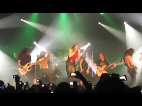 MaYaN feat. Floor Jansen - Follow In The Cry [After Forever Cover] @ São Paulo - 26/11/2011