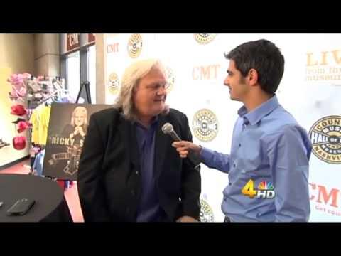 Adam Wurtzel Interviews Ricky Skaggs - News & More at Midday