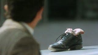 Mr Bean - Stein im Schuh