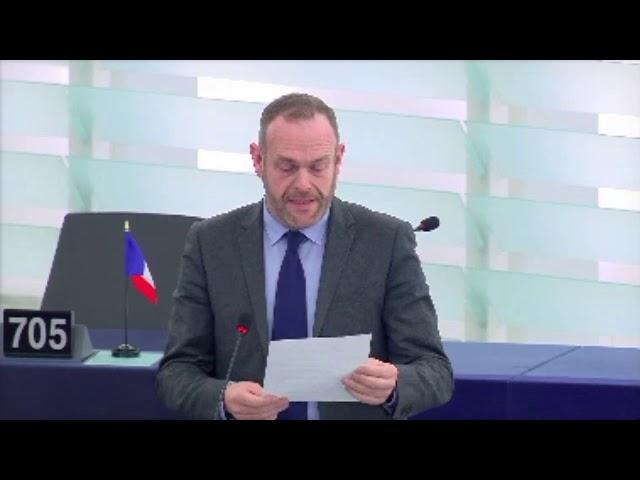Steeve Briois sur la suspension des fonds européens de certains États membres