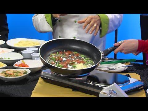 Olive Garden Demonstrates How To Make Shrimp Scampi