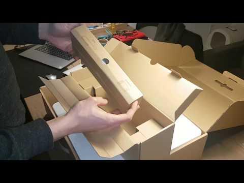 Unboxing Xiaomi Mi robot vacuum