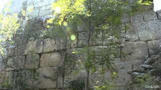 Крым. Сюйреньская (Сюреньская) крепость. Оборонительная стена. 13 июня 2015 года.(, 2015-06-21T17:46:03.000Z)