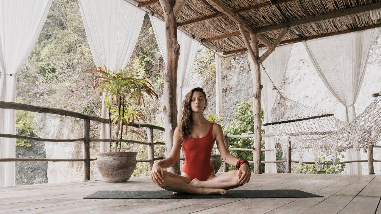 Morning Yoga au bruit des vagues