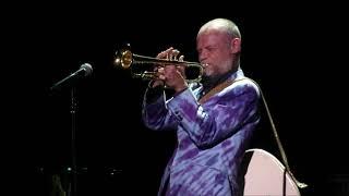 Flea - Multitasking Man (Trumpet, Bass, Pedals and Emotion!)
