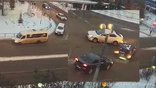 Скачать Легкая авария в г Котельники 02 12 2018