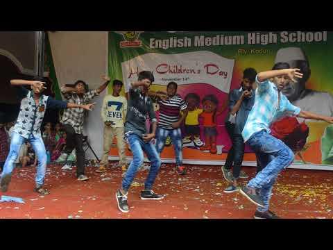 10th class students mass dance remix songs.. (SBEMHS) ..Rly kodur