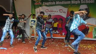 10th class students mass dance remix songs.. (SBEMHS) ..Rly kodur