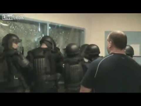 EXCLUSIVE: Canadian Prison Riot (Footage)