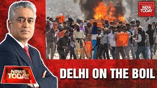 Who Is Accountable For Communal Riots In Delhi?| News Today With Rajdeep
